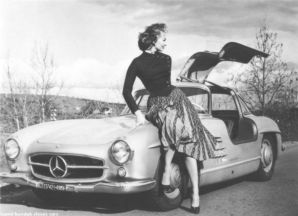 Sophia Loren Rockin' Her 1955 300SL Mercedes-Benz SL Gullwing