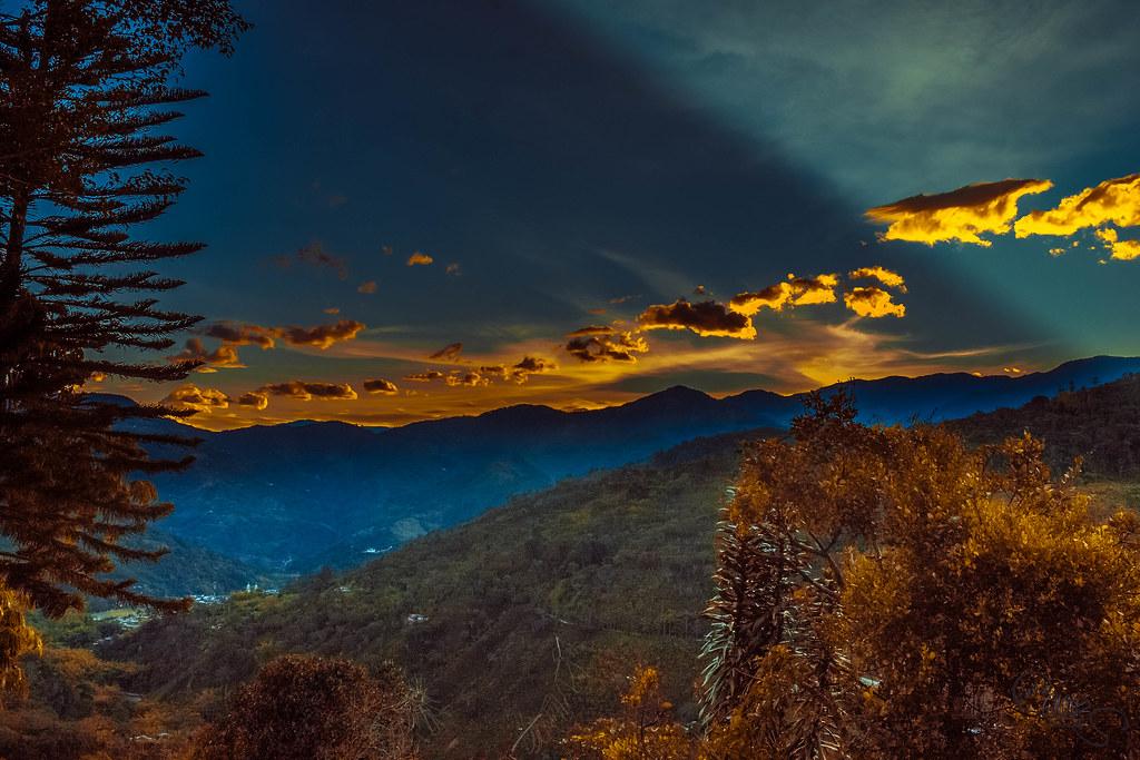 amanecer de colores en Génova, Quindío