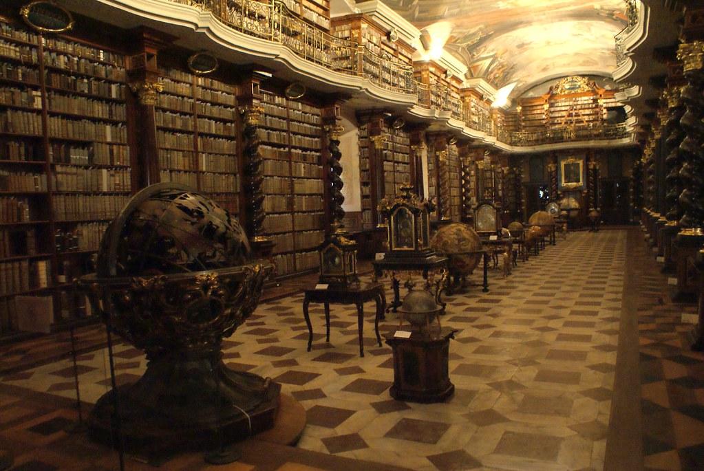Bibliothèque de Clementinum à Prague.