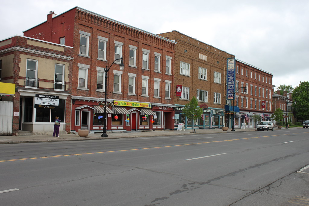 Downtown Waterloo: Hotel feasibility studied, bowling alley to be razed