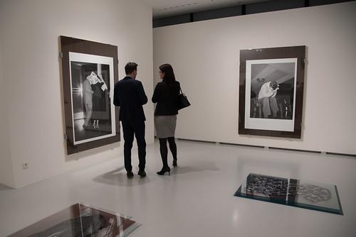 Art Foyer Dz Bank Frankfurt : In art foyer f projektstipendium dz bank kunstsamml