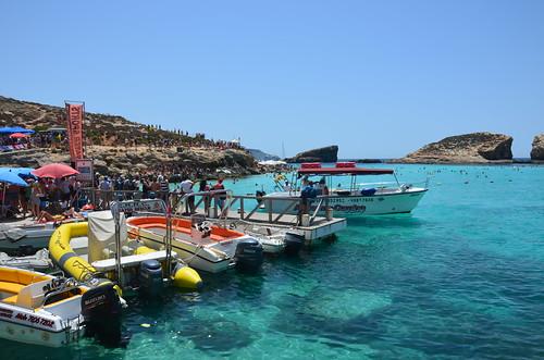 Der Hafen der blauen Lagune von Comino