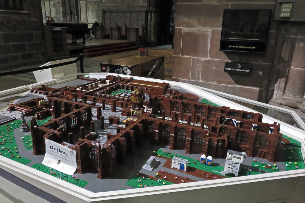 Chester Cathedral In Lego Begun In April 2015 Chester Cat Flickr