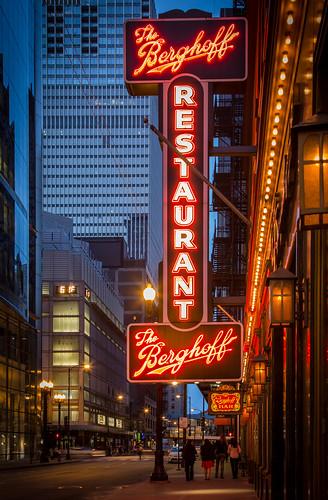 Berghoff Restaurant Chicago Closed