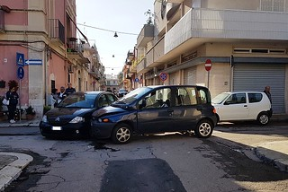 Noicattaro. Incidente via Genova front