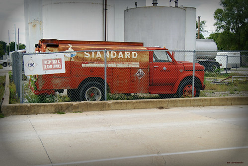New Chevy Truck >> Standard Oil Delivery Truck   1960's Chevy C50 fuel delivery…   Flickr