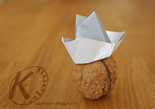 origami hut falten my blog. Black Bedroom Furniture Sets. Home Design Ideas