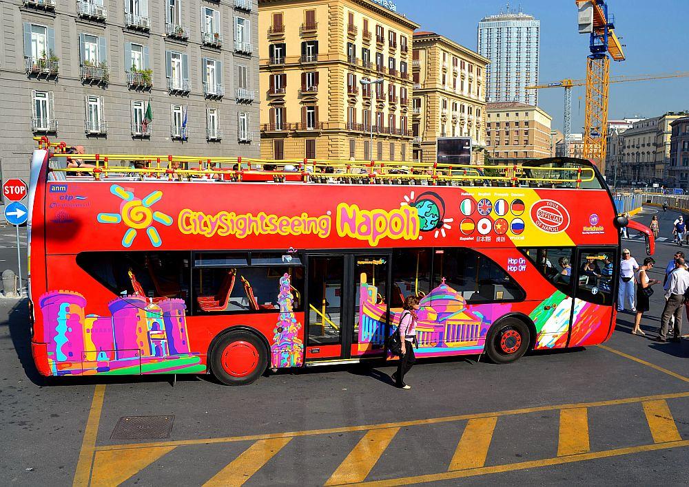 Sightseeing Tour Bus 3, Naples. Nikon D3100. DSC_0117.