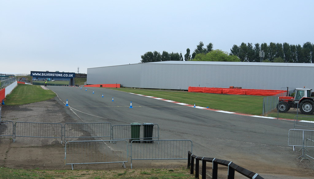 Abbey / Bridge Old Circuit, Silverstone   Part of the old (p…   Flickr