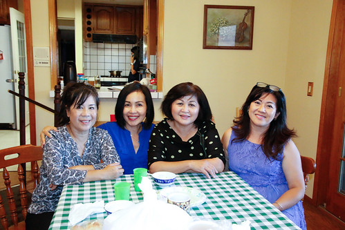 H2016_09_18: Cao Thắng's party at Long Mai's residence ...