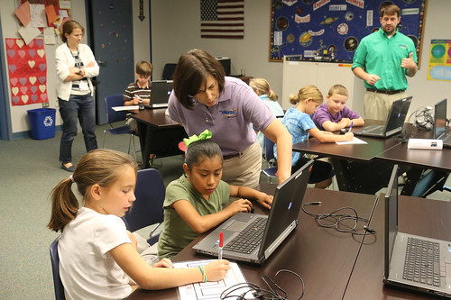 AG visits Winchester STARBASE Academy