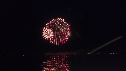 Hay Lake Fireworks 2014 Minnesota | by Virtualdistortion