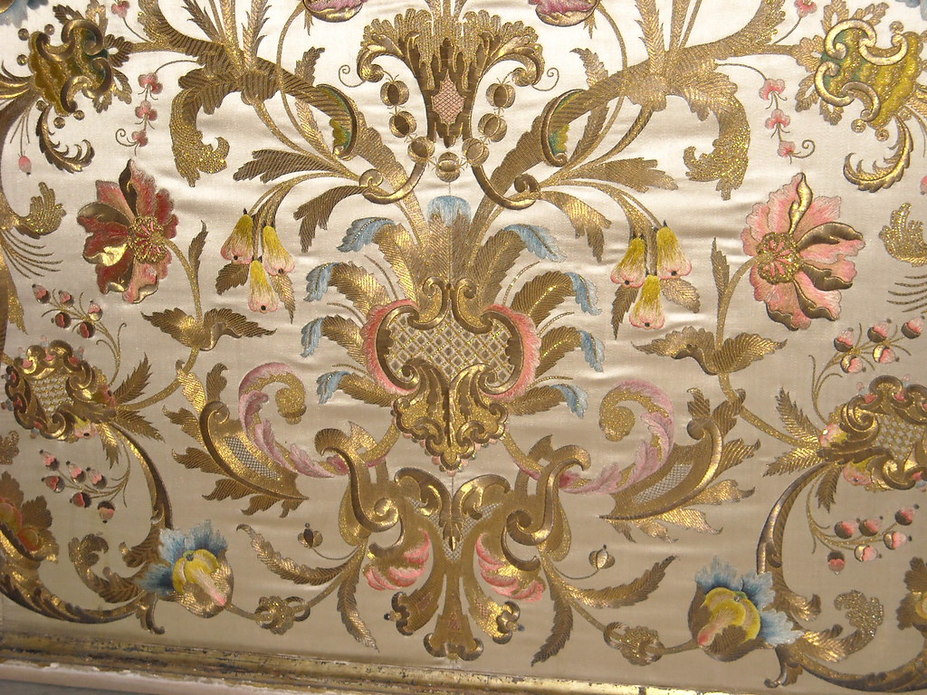 ... Embroidered Altar (18th century) - Church of San Gregorio Armeno in  Naples | by