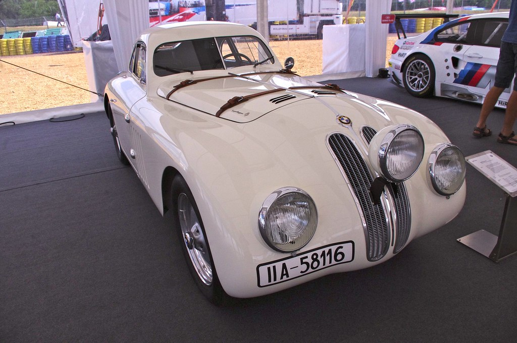 1939 BMW 328 Touring Coupe (Replica) | This car was first us… | Flickr