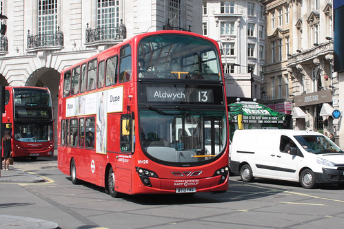 London Sovereign VH20 BT13YWS