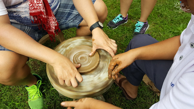 Warung Kopi Borobudur pottery making