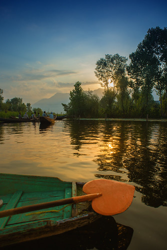DalLakeSrinagar_079 | by SaurabhChatterjee