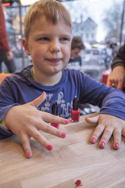 Tijn en zijn nagellak-actie 3fm.nl/lakaan