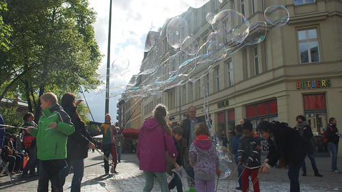 Berlin Hackescher Markt Bubble Party | by Bubblebo