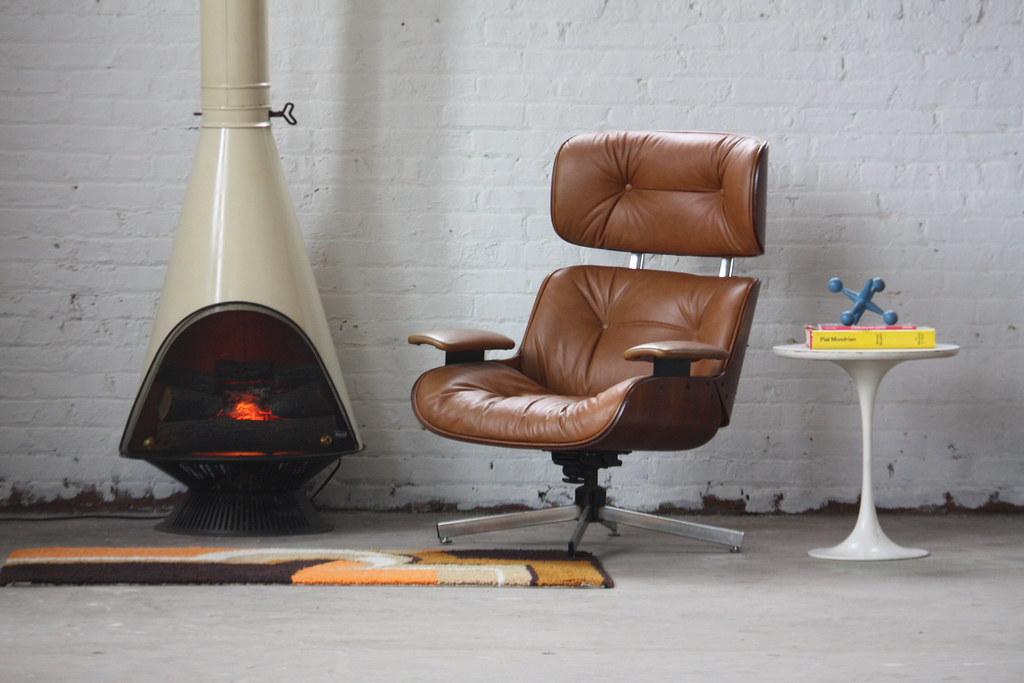 En Fuego! Midcentury Modern Majestic Electric Cone Firepla… | Flickr