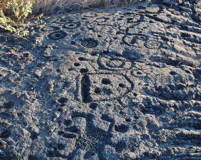 pukas-petroglyphs
