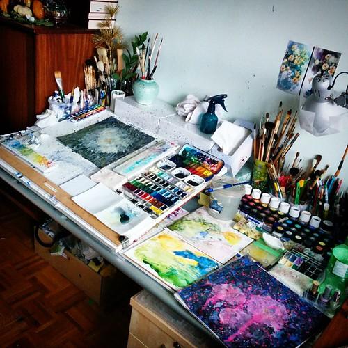 Messy Bedroom Art Sports Bedroom Paint Ideas Jamestown Blue Bedroom Disney Frozen Bedroom Paint Colors: Very Messy Desk :) Many #pallets Working On Multiple #pain