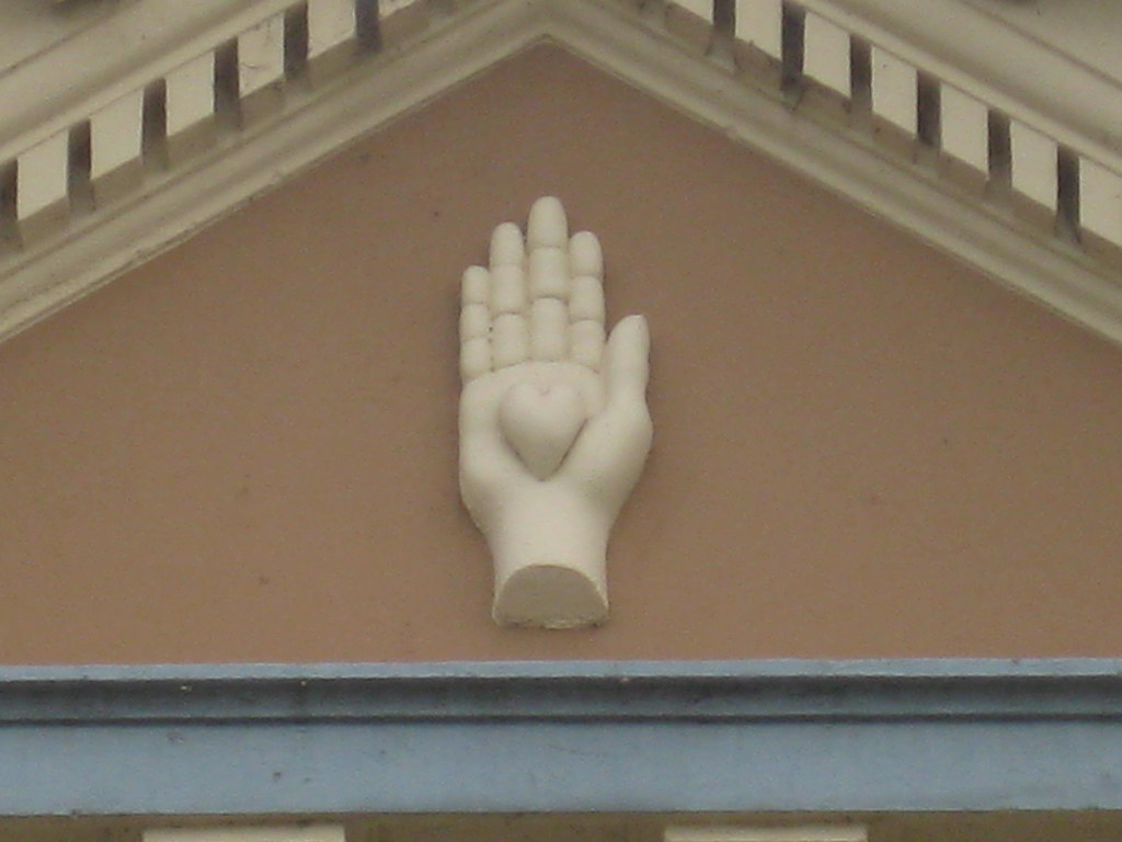 The Heart In Hand Symbol On The Facade Of The Former Loyal Flickr