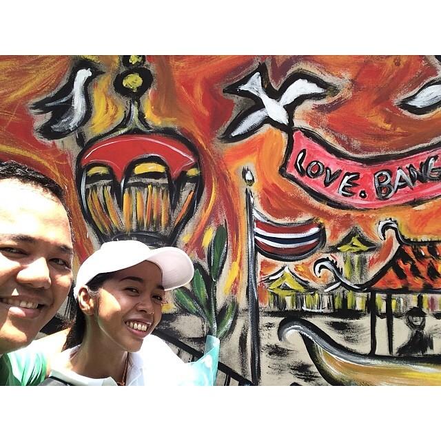 Love this selfie shot of our bibo Thai tour guide Na Mo wi