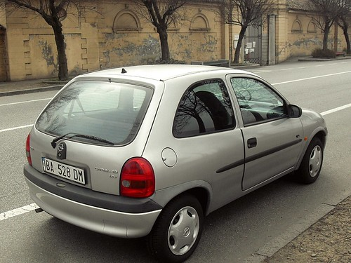 opel corsa 12v viva 1998 data immatricolazione 8 10 flickr. Black Bedroom Furniture Sets. Home Design Ideas