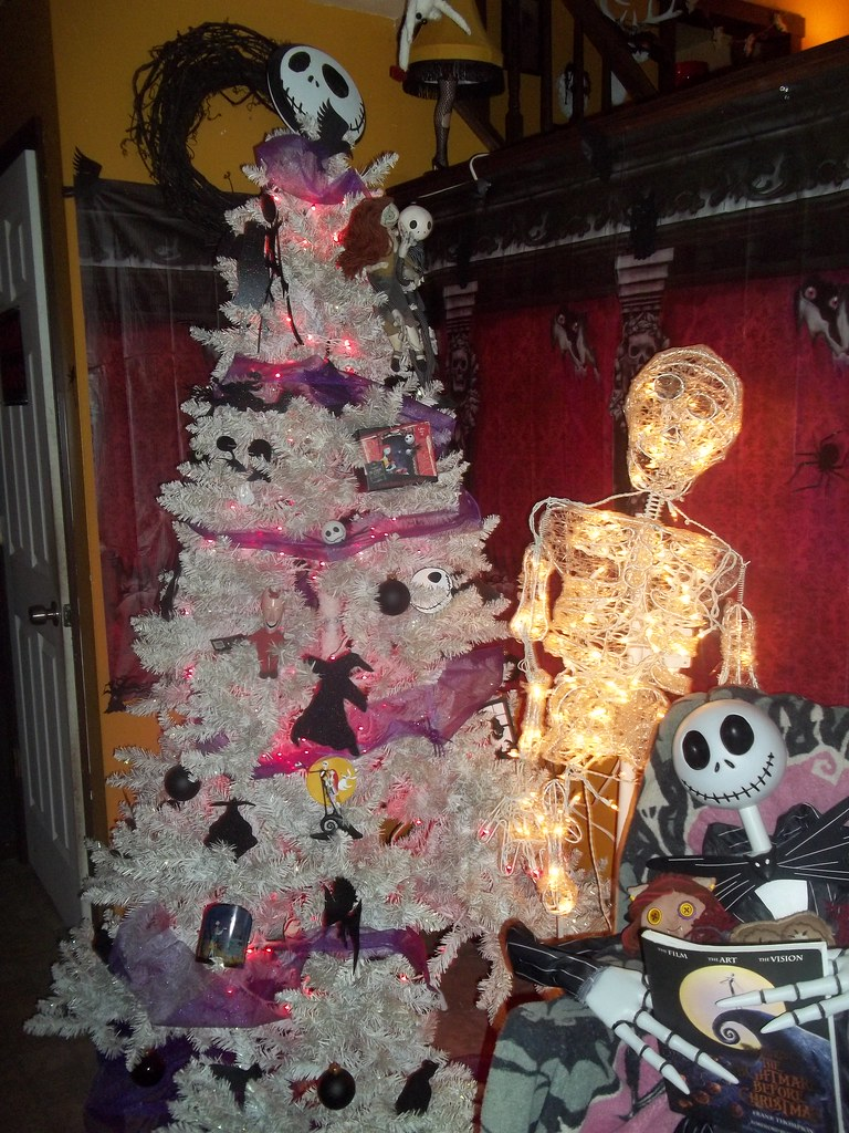 Nightmare Before Christmas Tree 2014 | View from my front do… | Flickr