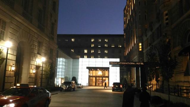 2016-11-10 即將參於 川普 當選慶祝宴會 (華盛頓川普飯店) (2)