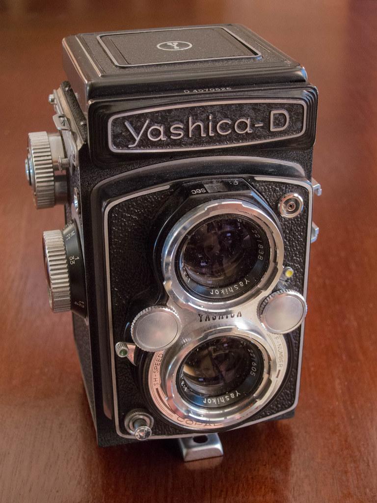 Yashica-D