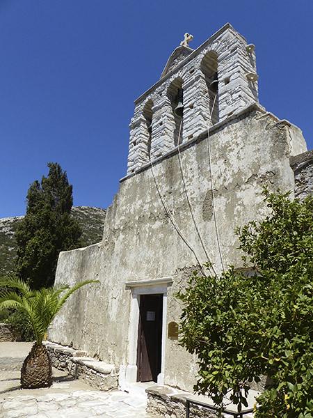 façade de l'église de drosiani