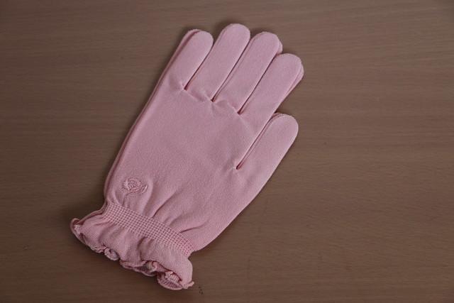 Tubakiシリーズ 保湿手袋
