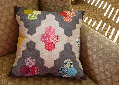 Hexie Diamond Pillow | by CraftyPod