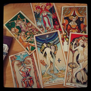 So, a friend is up for a fun time.. #AlexDaniloff Tarot, quick shot for #365days project, 308/365.