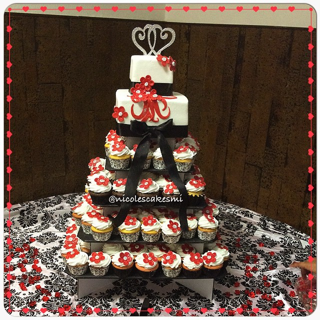 Red, white, black small 2 tier wedding cake and cupcakes w… | Flickr