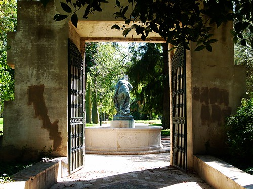 Jardines de viveros valencia jardines del real for Viveros en segovia