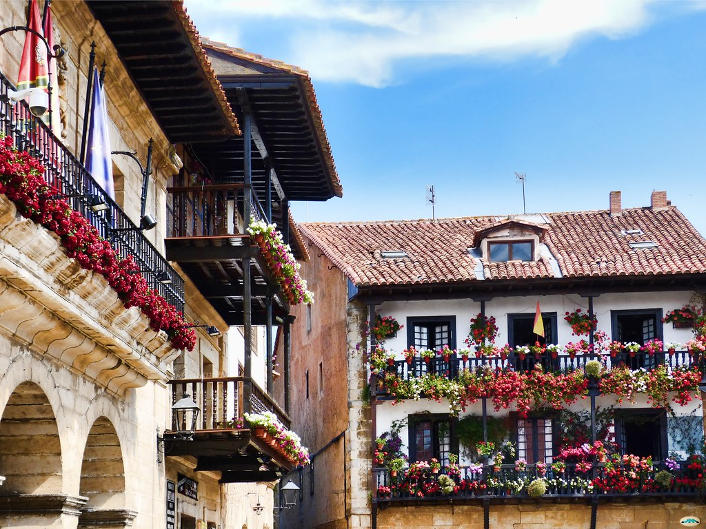 Santillana del Mar-Balcones4