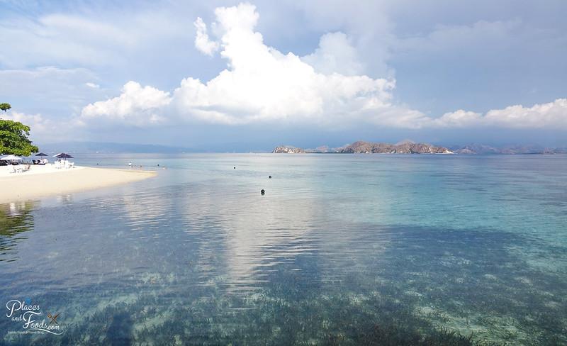kanawa island beach