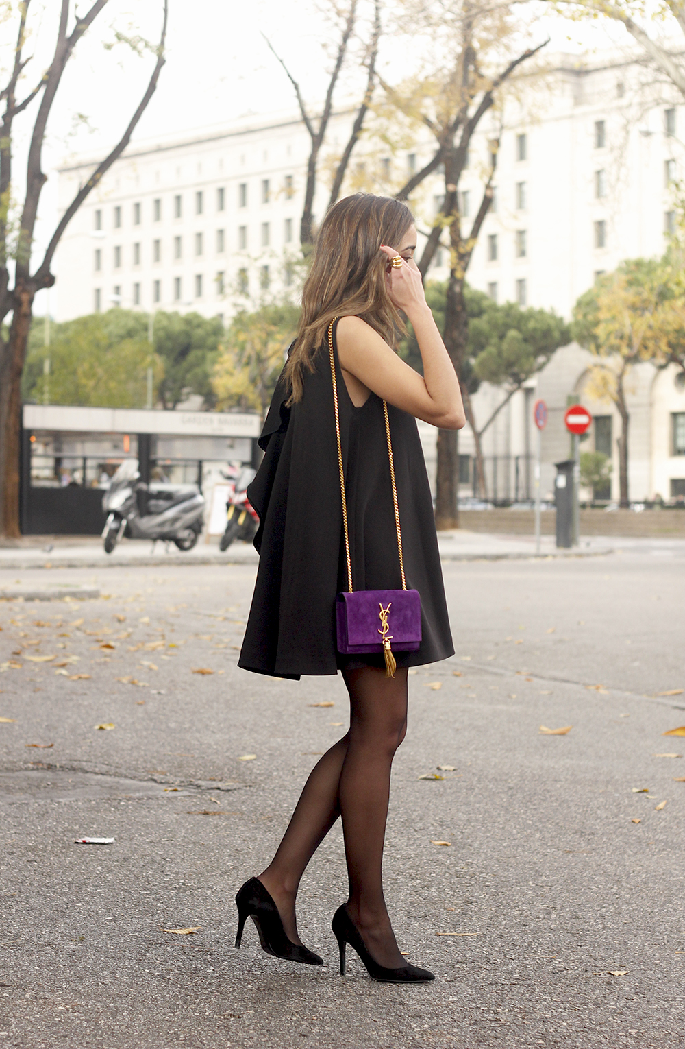 little black dress yves saint laurent bag accessories black heels outfit party look style05