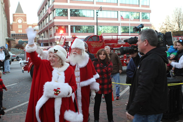 2016 Santa on the Square
