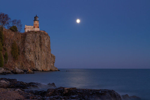 The almost Supermoon at Split Rock | by nicholasjon