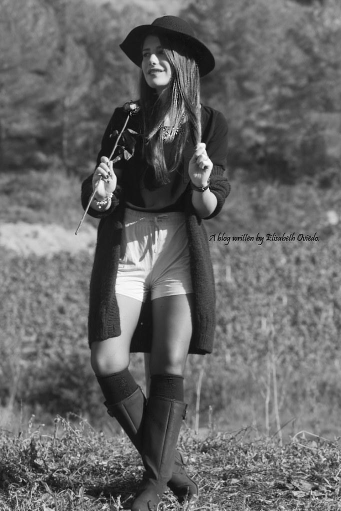 ... cardigan burgundy sombrero negro HEELSANDROSES look lady viñedos cata  Mango Inditex (7)  b25f3fb4dc9