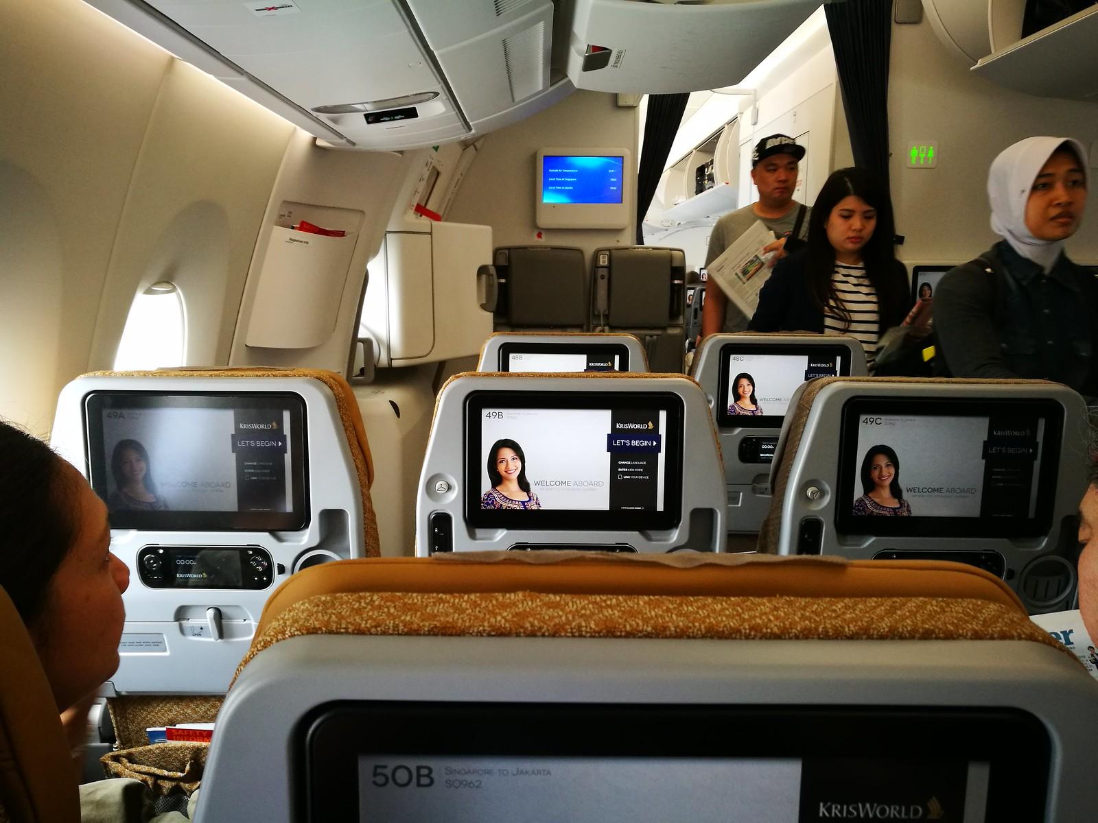 Boarding SQ's A350