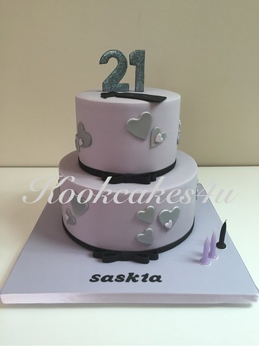 Lilac cake with silver hearts and touch of black | by Koolcakes4u