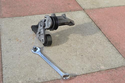 diy car repairs  ford mondeo tdci mk  fan belt tens flickr