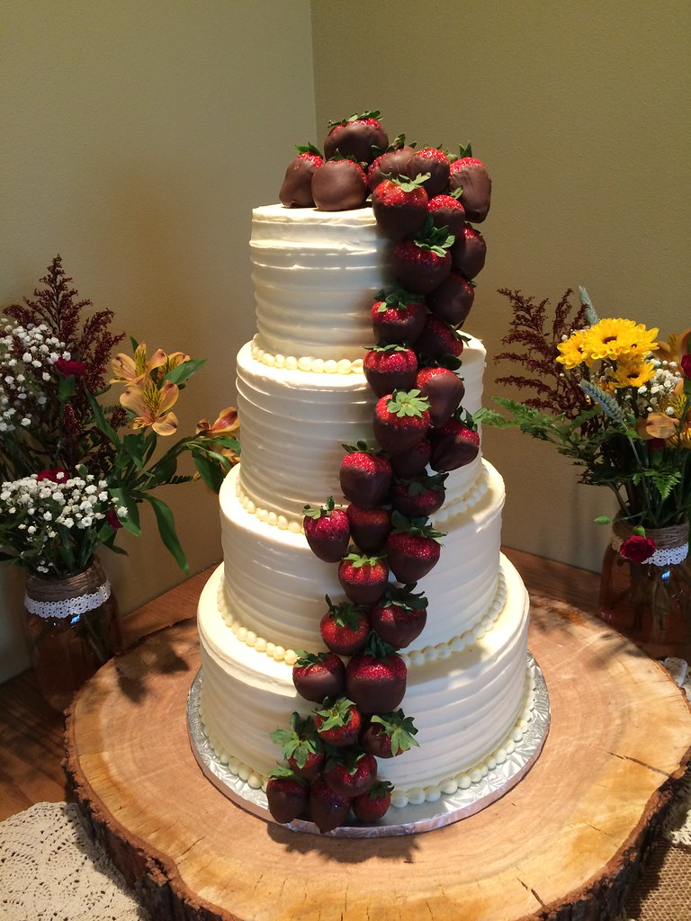 wedding cakes with chocolate covered strawberries on top chocolate strawberry wedding cake www pixshark 26006