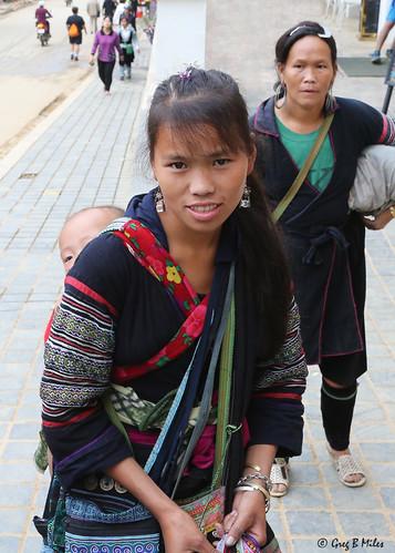 Hmong mother- Sapa, Vietnam