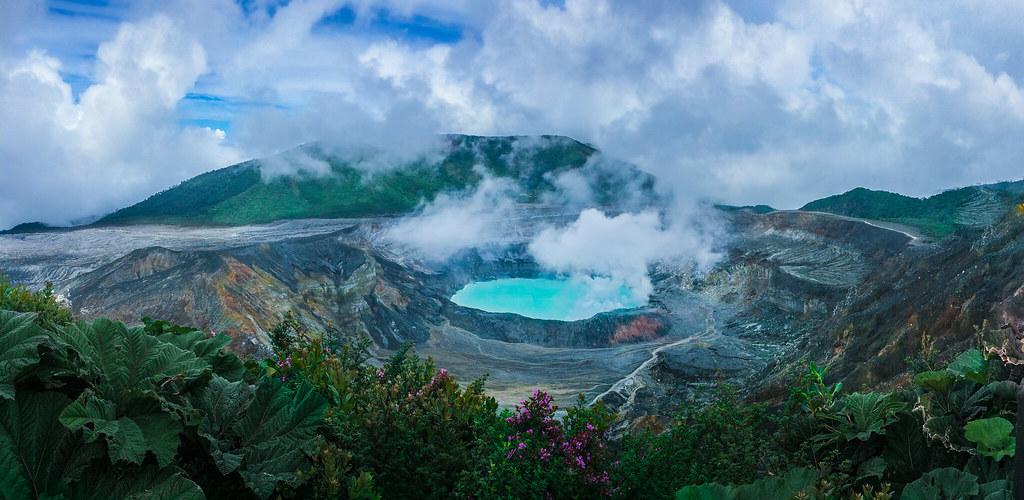 Poás Volcano CR